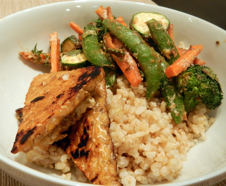 Maple Grilled Tempeh , Brown Rice and Thai Peanut Sauce Veggies